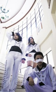 Kookee, together with Michelle Del Ayre and Dianne Ferrer as Gazette