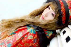 A sample of Liao's hand in photography. Miharu Saruwatari in her pre-debut shoot.