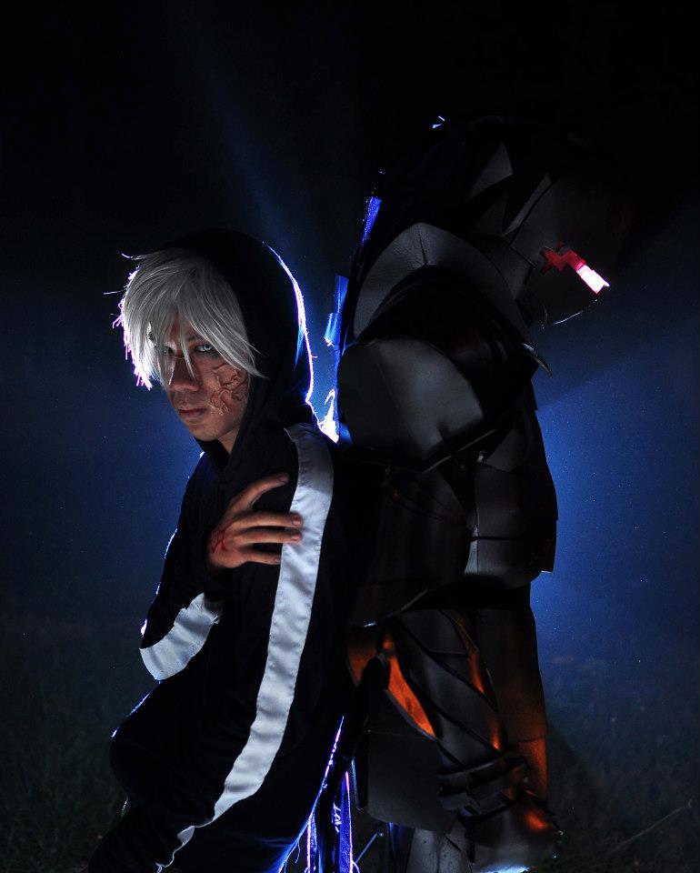 Kazuo Ryuhei as Matuo Kariya and Minato Kai as Berserker.